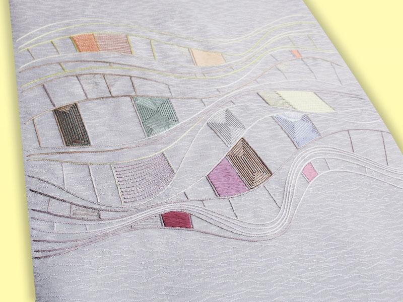 染地繍帯「光と水」